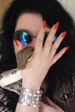 Die Lady mit Boa Constrictor
